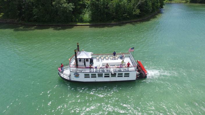 Waupaca Boat Rides